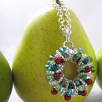 wire wrapped wreath necklace
